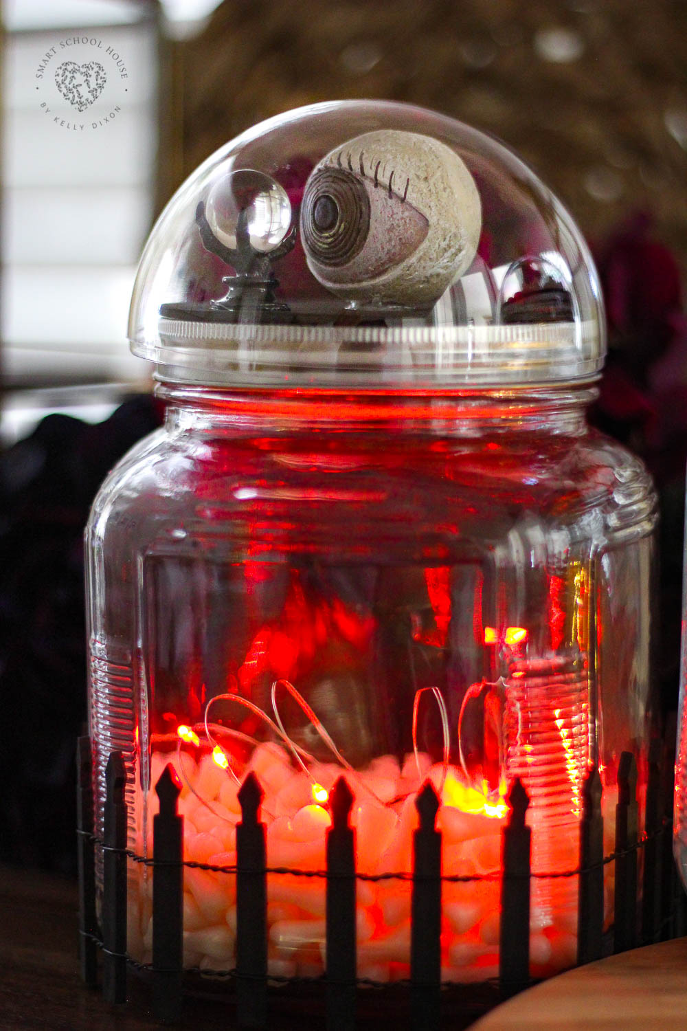 Halloween Snow Globes! How to make spooky snow globe on top of a jar using a plastic ornament.