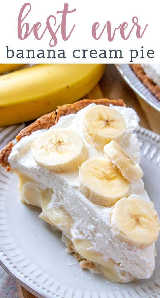 100% from scratch, banana cream pie. Making homemade cream pie is easier than you may think! Creamy banana filling, homemade whipped cream and fresh banana slices in the pie and on top. #pie #bananacream #bananas #creampie #dessert