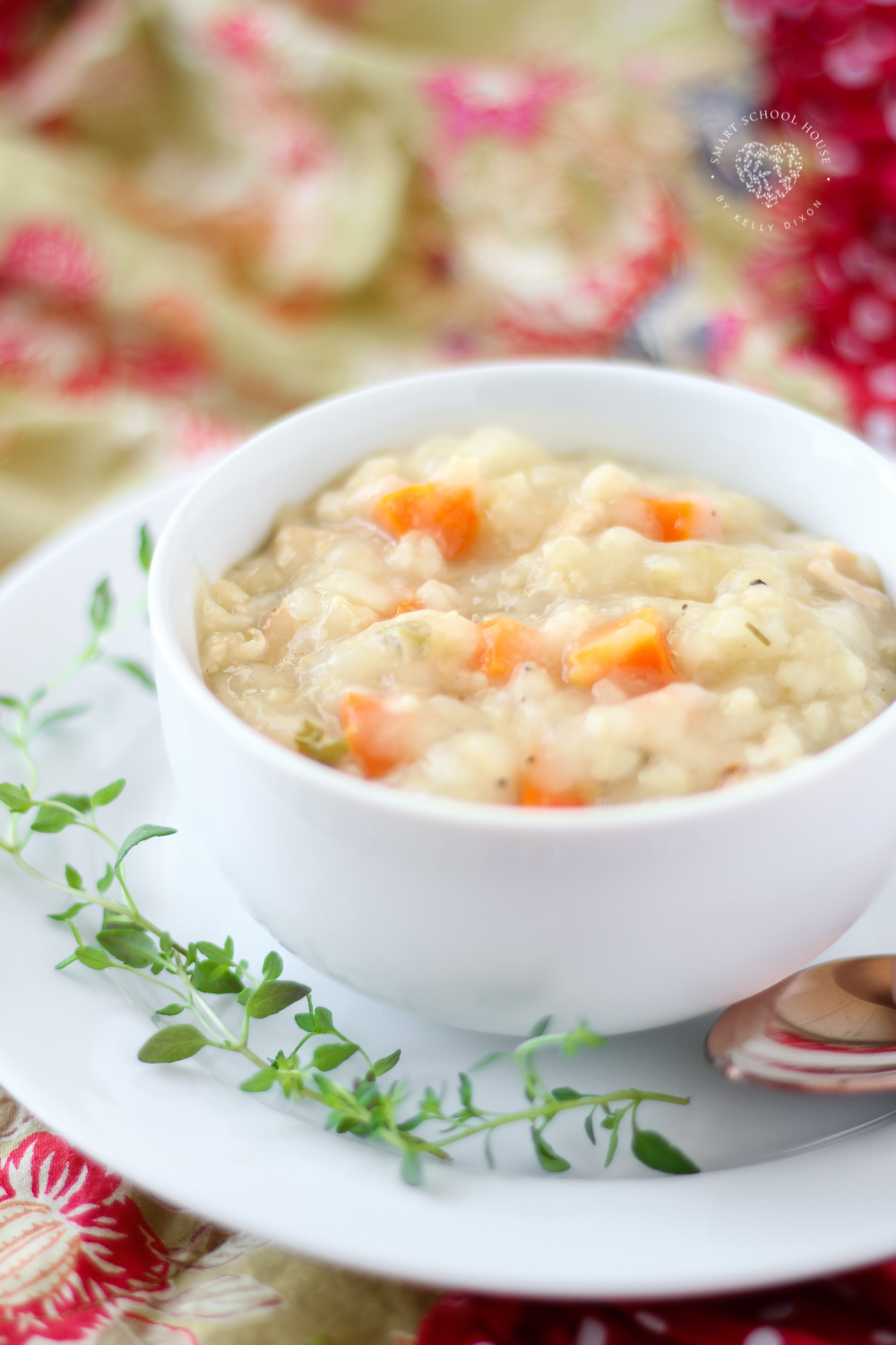 This Creamy Crock Pot Chicken and Rice Soup is a hearty, healthy easy soup recipe that's perfect for cold nights! Loaded with vegetables, lean chicken and rice. This chicken and rice soup is a family favorite! It's healthy, easy to make and kid friendly.#soup #recipe #cooking #dinner #healthy #healthyrecipe #chicken #slowcooker #crockpot