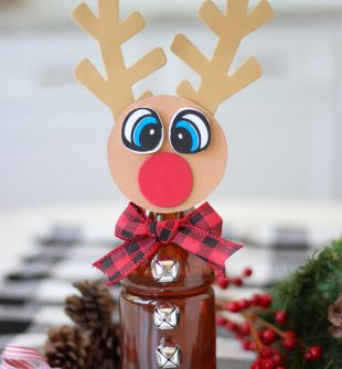 Tea Bottle Rudolph
