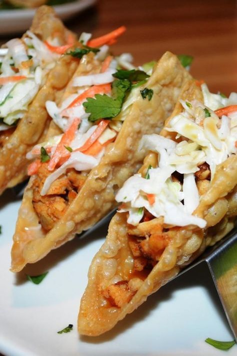 Chicken Wonton Tacos - Light and tasty, these make a great appetizer or a quick and easy main dish! Kids love them!