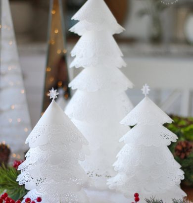 How to Make Doily Christmas Trees