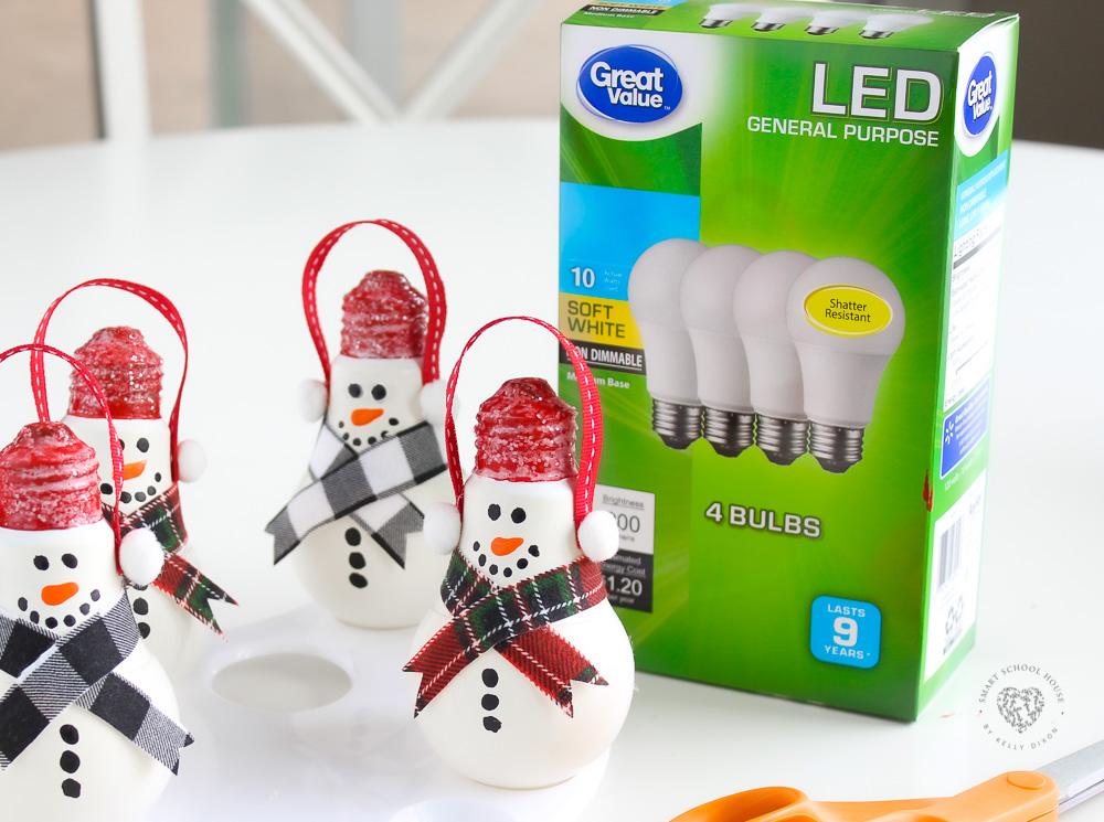 Light Bulb Snowmen that don't break